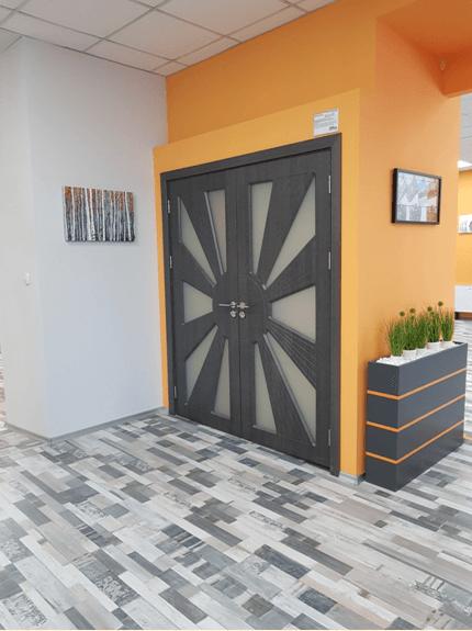 Двойна интериорна врата